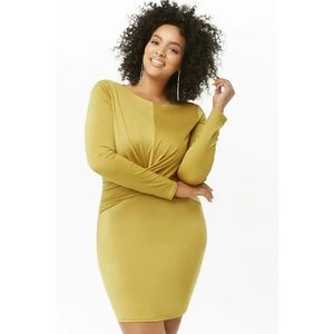 [2X] Forever 21 Plus - Twist Front Mini Dress